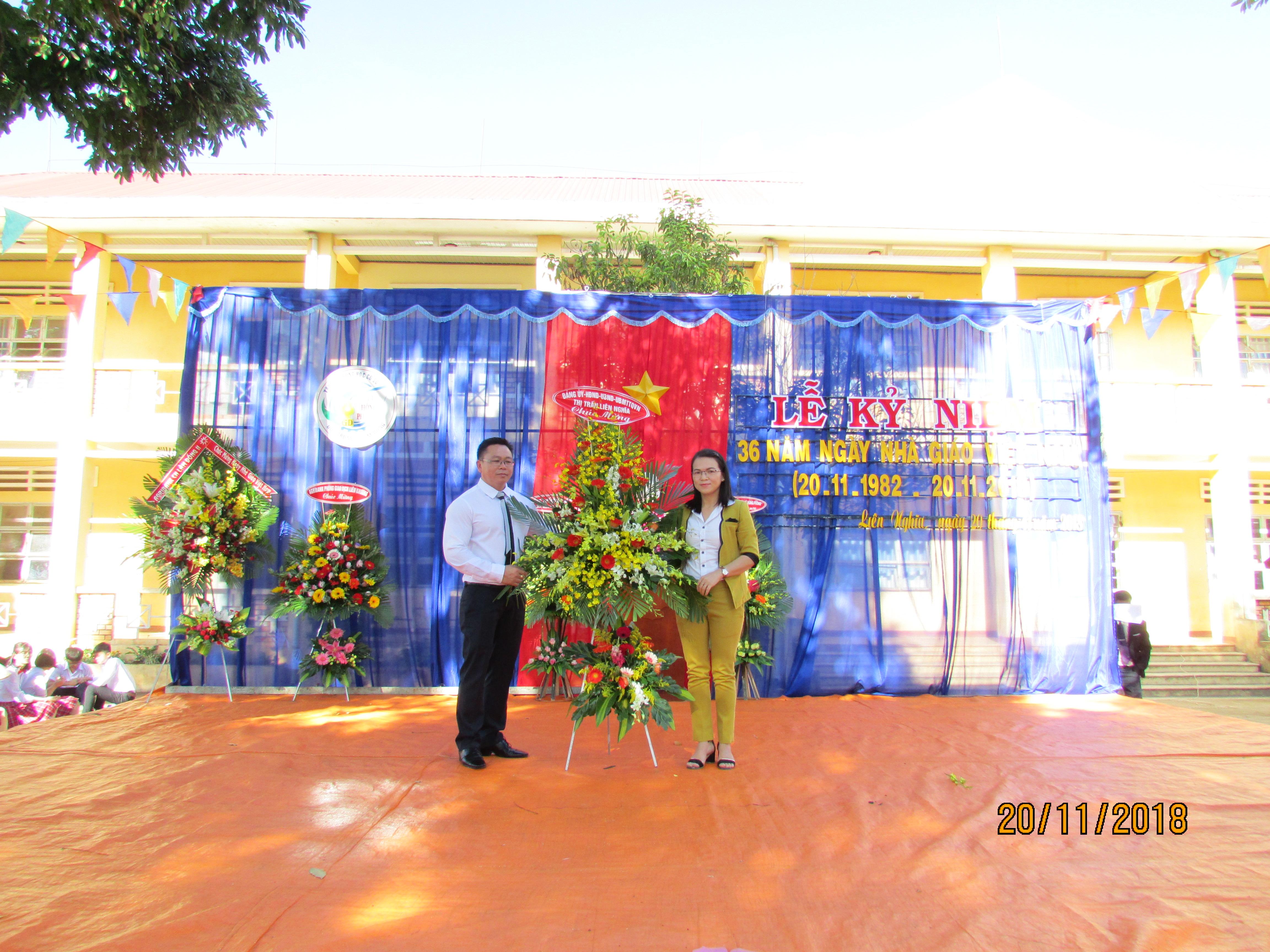 Kỉ niệm 36 năm ngày nhà giáo Việt Nam