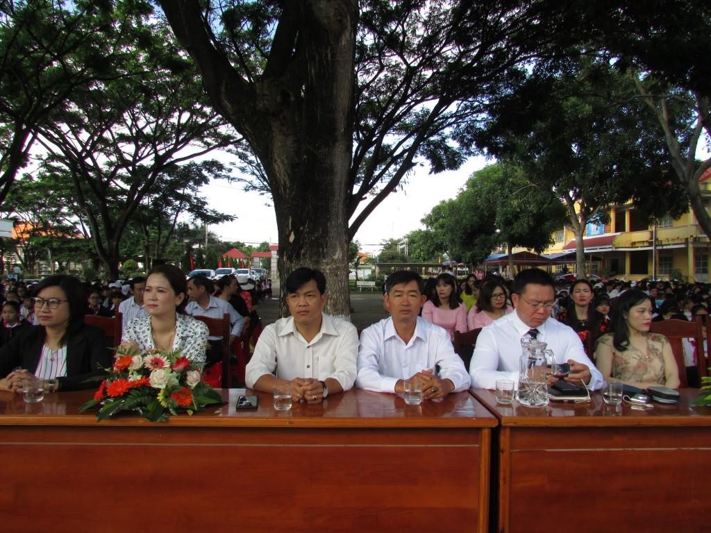 Đại biểu, ban đại diện cha - mẹ học sinh