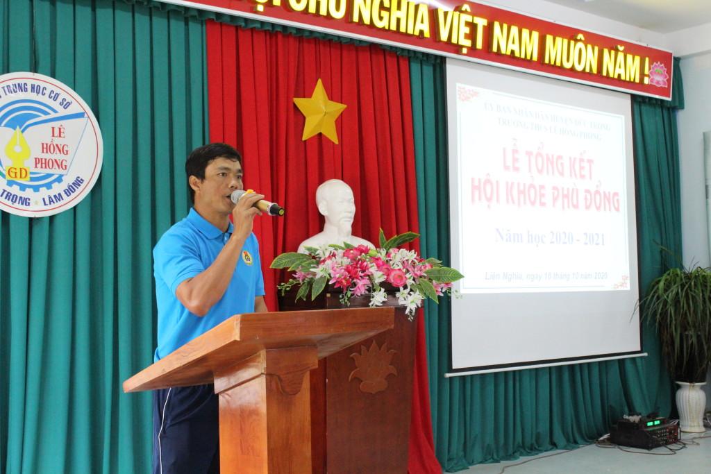 Thầy Nguyễn Văn Trọng TT tổ thể dục đánh giá hội khoẻ